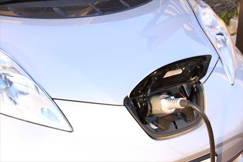 電気自動車を使って卒FITの余剰電力を買い取る