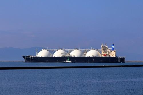 LNGタンカー